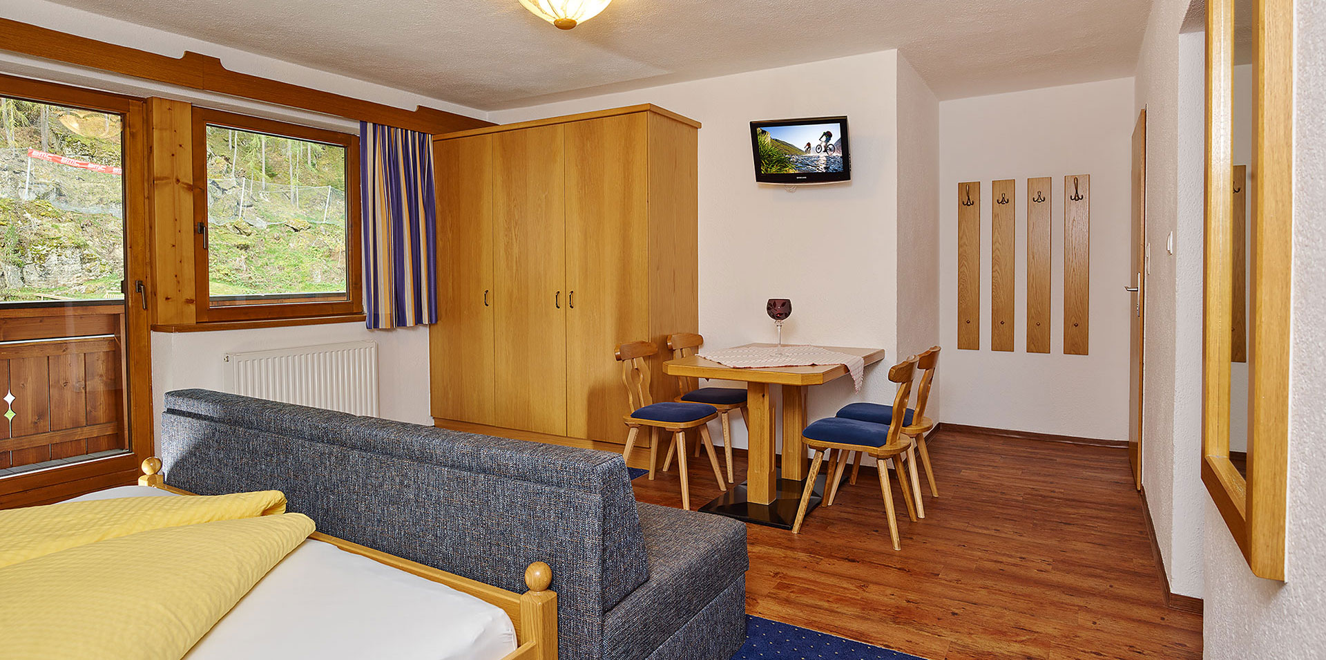 apart05-wohnraum